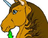 Disegno Testa di unicorno  pitturato su cavallo