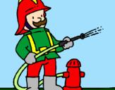 Disegno Pompiere  pitturato su pompiere colorato