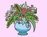 Un vaso con fiori